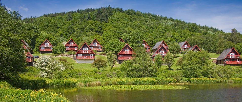 Siedlung mit Ferienhäusern