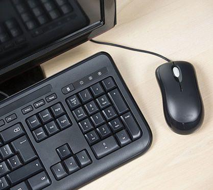 Computer mit Maus