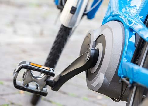 Person auf einem Fahrrad