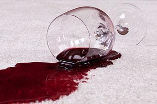 Haftpflichtschaden durch ein umgefallenes Glas