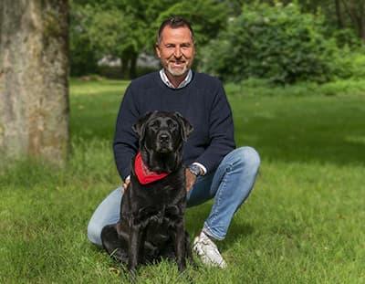 Experte zur Hundeversicherung Ralf Becker – Interview FOCUS